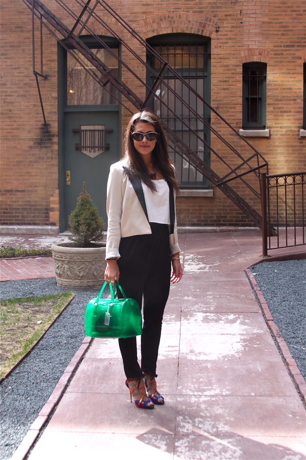 Vote For Me Guess Global Street Chic Ambassador Chicityfashion The Chicago Fashion Blog